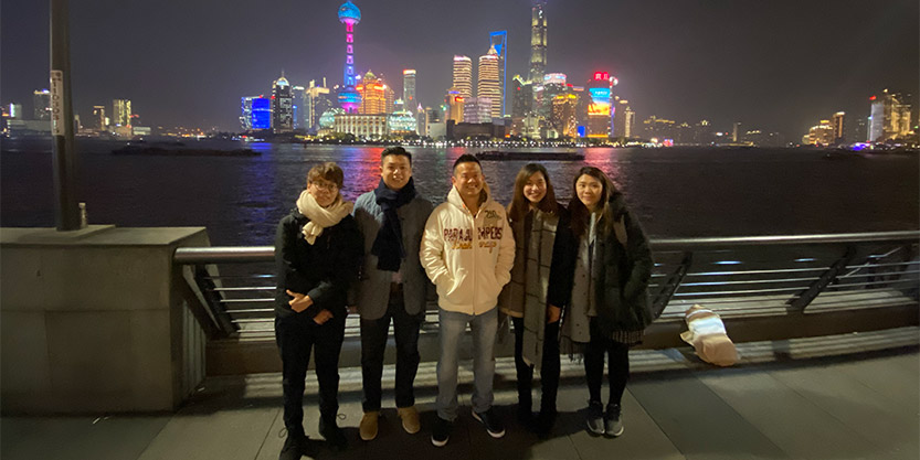 Brandon (second from left) and his team take the time to visit the sights in Shanghai whilst on a tour of the JLL local office.